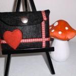 Großer Geldbeutel rot Herz Preis: 14,90€