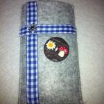 grau mit ähnlichem Knopf (nicht mehr vorrätig) Preis: 16€