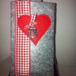 grau mit Karusellanhänger Preis: 18€