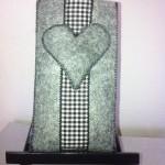 grau mit Herz Preis: 10€