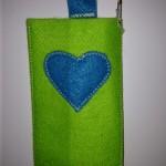 Türkises Herz auf grün Preis: 10€